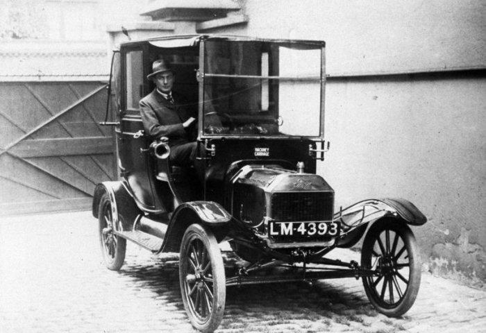 Ford Model T имел высокий дорожный просвет и передвигался по любым дорогам. /Фото: timedotcom.files.wordpress.com