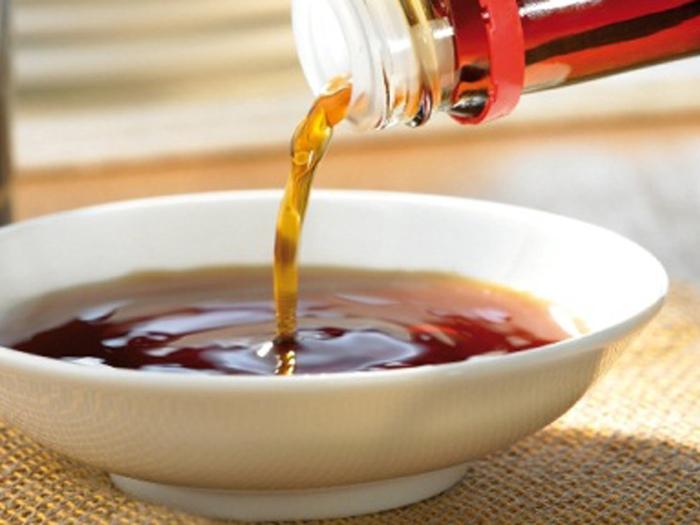 Соевый соус со временем становится только вкуснее и насыщеннее. /Фото: menslife.com