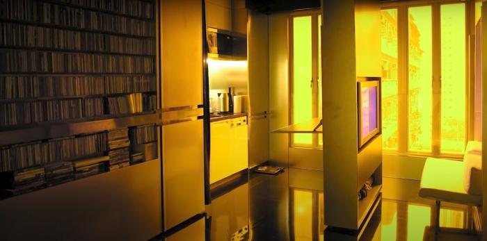 Только малая часть возможностей дома-трансформера. /Фото: youtube.com