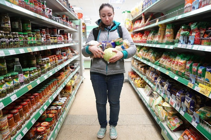 Некоторые люди слишком часто делают покупки. /Фото: kp.ru