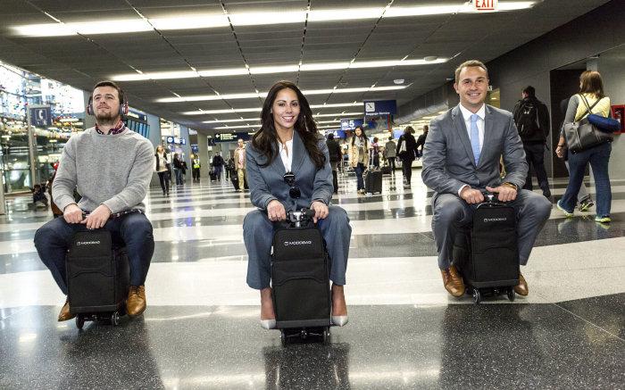 Зачем самим везти свой багаж, когда можно поехать на нем? /Фото: imagesvc.meredithcorp.io