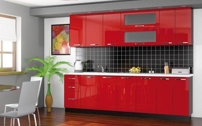 Даже с простыми лайфхаками можно быстро навести красоту в кухне.
