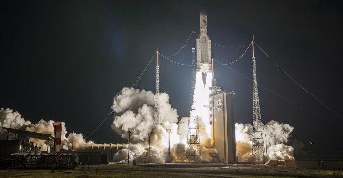 Неудачный запуск Ariane 5 считается одной из самых дорогостоящих программных ошибок. /Фото: esa.int
