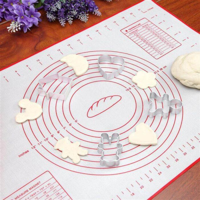 С такой разметкой пицца получится идеально ровной. /Фото: ae01.alicdn.com