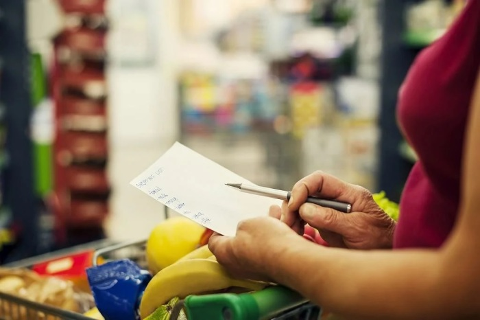 Список необходимых продуктов — снижает риск необоснованной траты денег. /Фото: avatars.mds.yandex.net