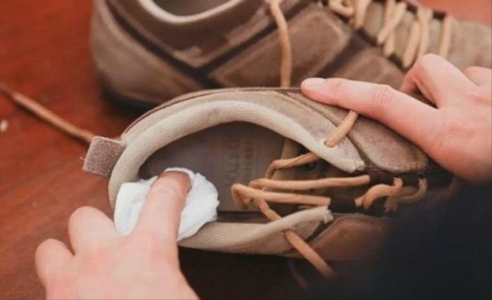 Возвращаем обуви первоначальный красивый вид. /Фото: nastroenie.plus