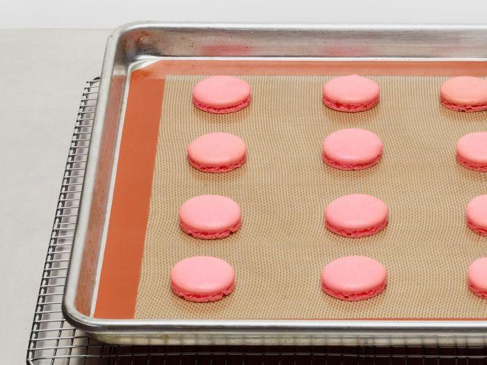 Основной ингредиент для приготовления десерта — миндальная мука. /Фото: i.pinimg.com