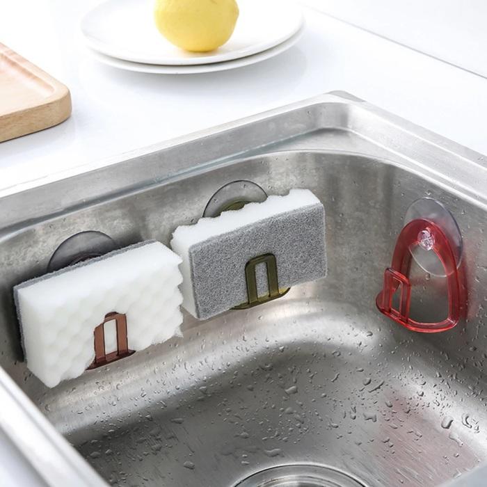 Держатель позволяет хранить губку так, чтобы было красиво, и вода с нее стекала. /Фото: ae01.alicdn.com