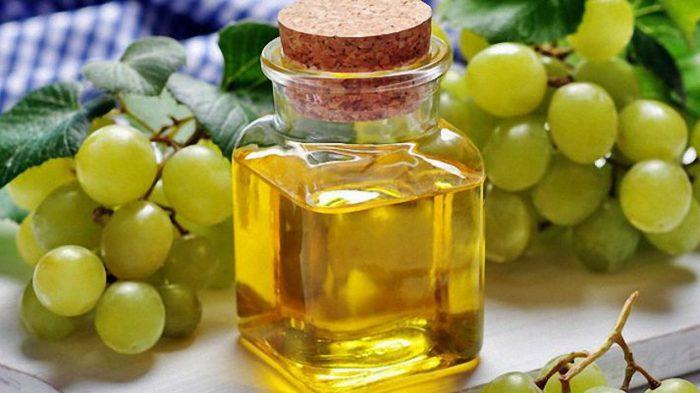 Дорогостоящее, но полезное масло. /Фото: ostrnum.com