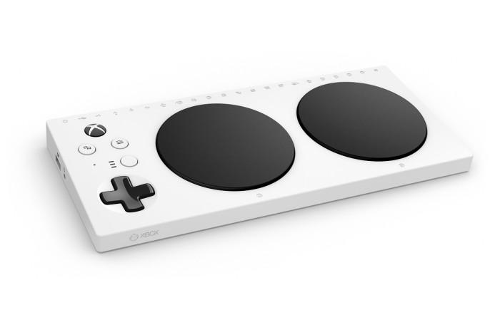 Контроллер Xbox Adaptive Controller. /Фото: i.blogs.es