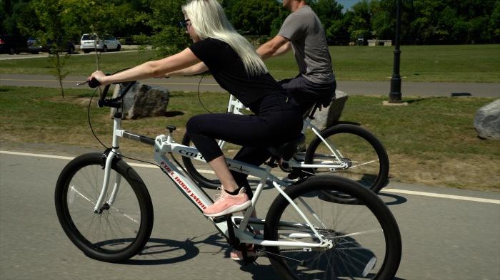 В режиме Cardigo велосипед функционирует и как тренажер для верхней части тела. /Фото: cardigobikes.com
