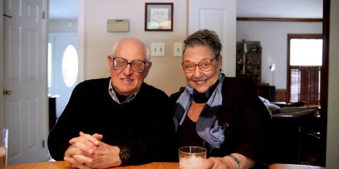 Заранее запланированные романтические свидания помогут сохранить яркую искру любви в обычной рутинной жизни. /Фото: worklad.co.uk