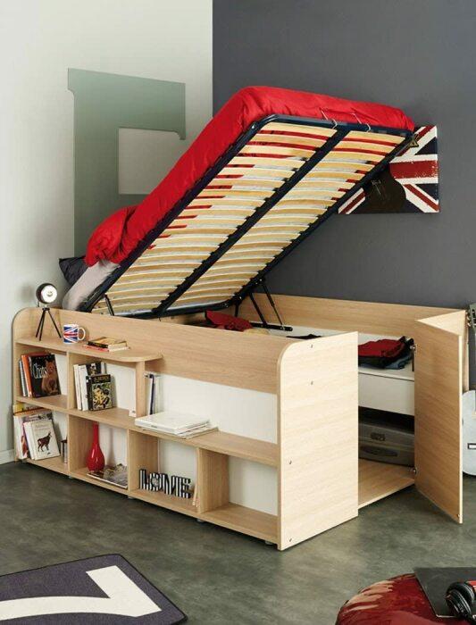 Многофункциональное решение для комнат с ограниченным свободным пространством. /Фото: images-na.ssl-images-amazon.com