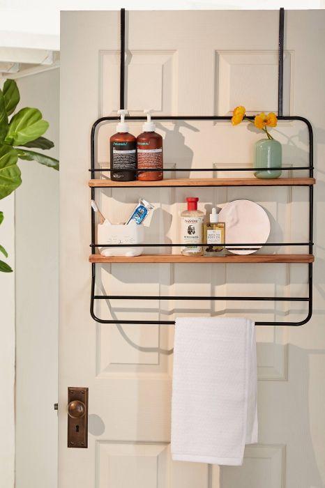 Очень практичное изобретение для ванной комнаты, которое придется по душе многим хозяйкам. /Фото: i0.wp.com