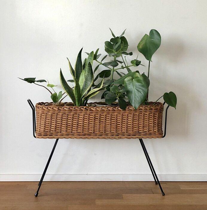 Эффектный прием для интерьеров в стиле бохо, сканди или модерн. /Фото: i.pinimg.com