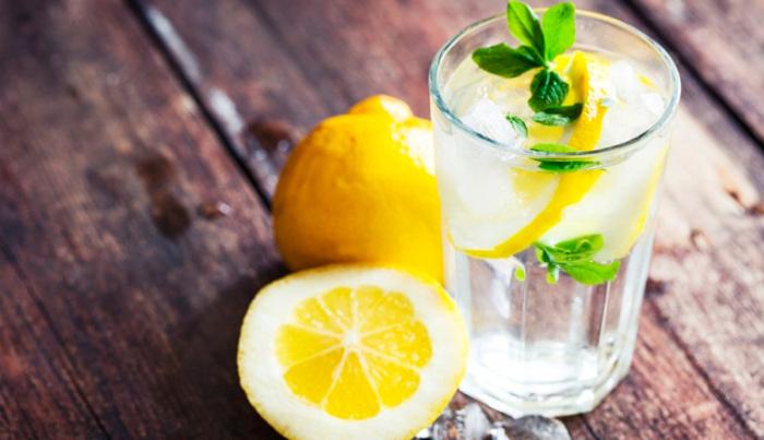 Пить такую воду очень полезно для хорошего самочувствия. /Фото: filter.ua