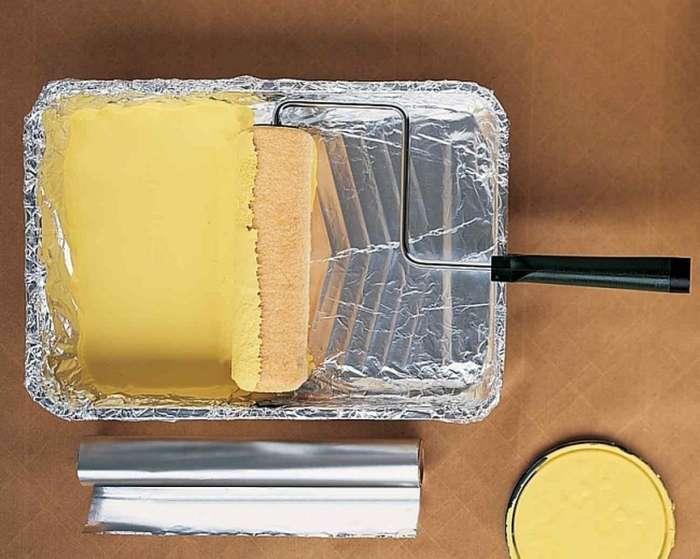 Краска может испачкать не только руки, потому с ней нужно обращаться осторожно. /Фото: img.yandex.ru