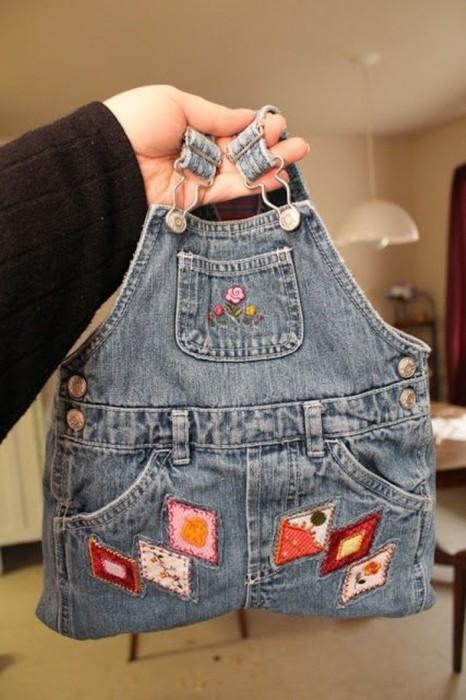 Для такой сумки и ручки придумывать не нужно, уже все готово. /Фото: mblogthumb-phinf.pstatic.net