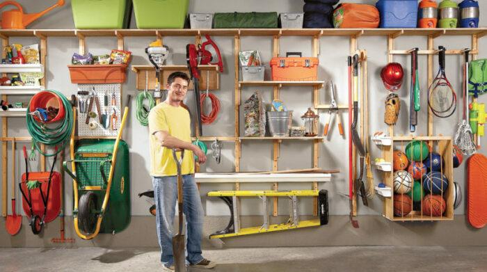 Удобное размещение предметов упрощает доступ к ним. /Фото: pro-handymen.com