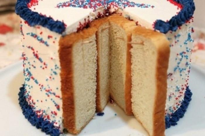 Чтобы надолго сохранить свежесть выпечки, достаточно использовать простой лайфхак с хлебом. /Фото: foodpowa.com