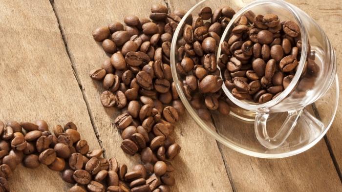 Кофейные зерна избавят от неприятного запаха изо рта довольно быстро. /Фото: s2.best-wallpaper.net