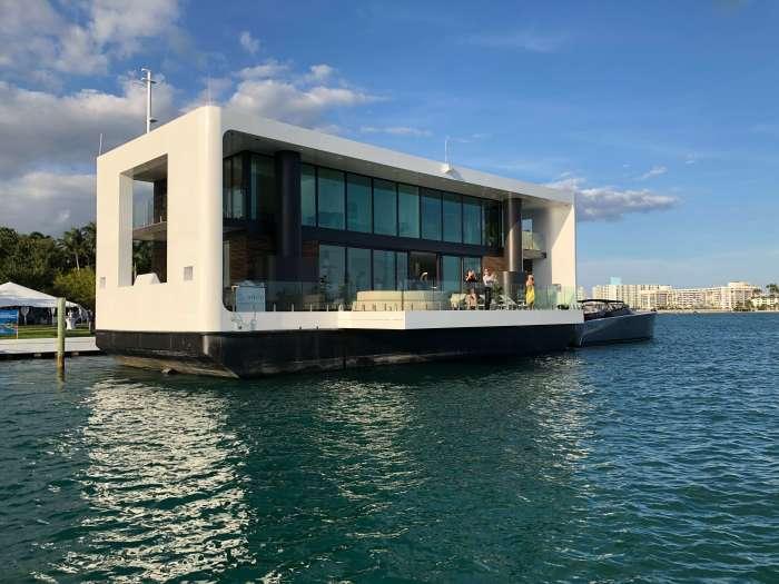 Роскошь Arkup доступна не каждому, стоимость плавучей виллы стартует от 5 млн долларов. /Фото: waterstudio.nl