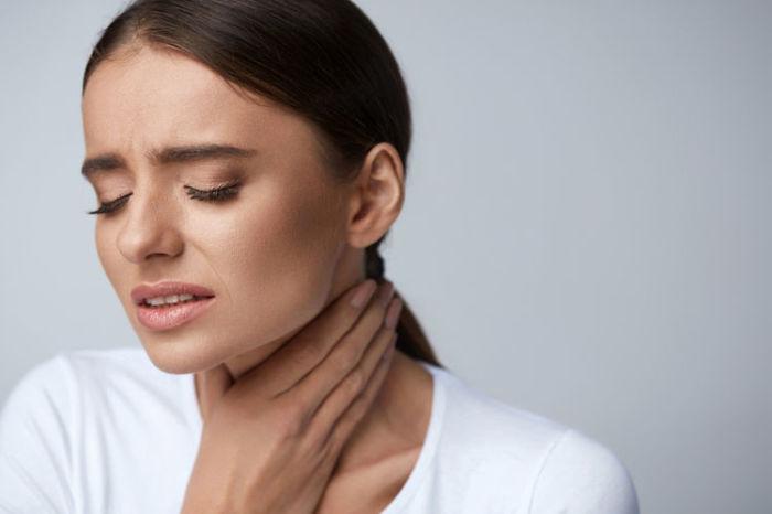 Горчичное полоскание поможет унять боль в горле. /Фото: mydr.com.au