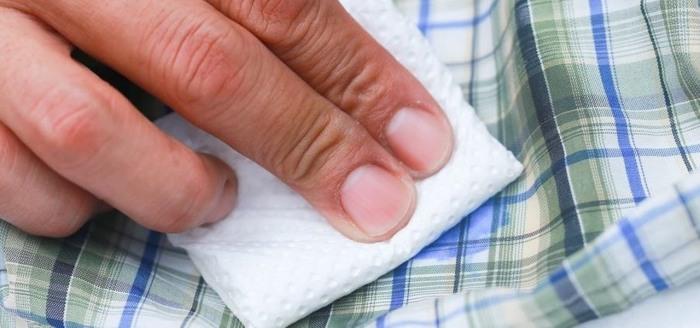 Аспирин — лучшее оружие в борьбе с пятнами и укусами комаров. /Фото: img.wonderhowto.com