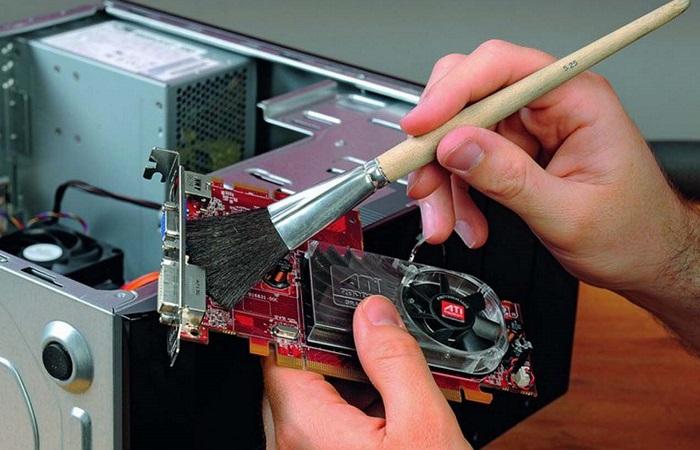 Как очистить электронные устройства в домашних условиях, не навредив им