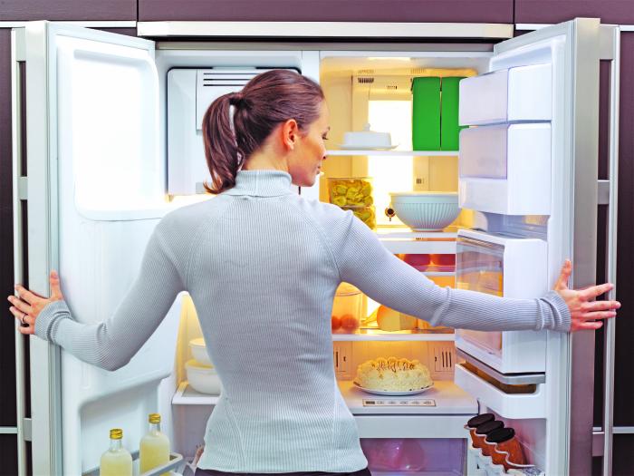 С содой уборка холодильника пройдет легко и быстро. /Фото: hamekomon.maariv.co.il