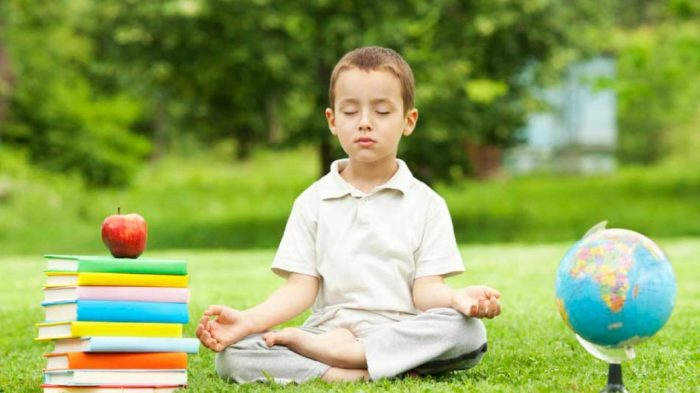 Проецирование своих целей на детей — не лучшая задумка для их счастья. /Фото: meditandonodiaadia.com