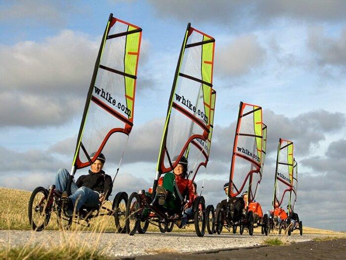В Европе Whike разрешен для передвижения как на велосипедной дорожке, так и на дороге. /Фото: wadevents-terschelling.nl