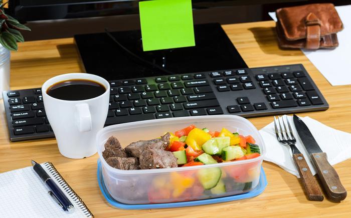 Завтрак не обязателен, можно поесть позднее. /Фото: media.herworld.com