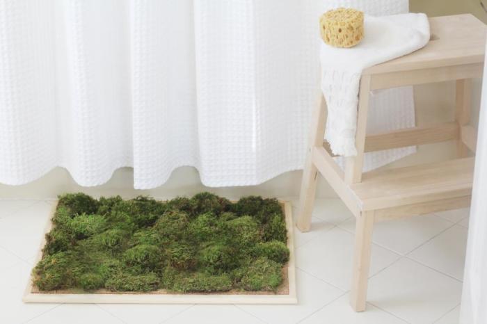 Зеленый цвет отлично разбавит однотонный интерьер комнаты. /Фото: nastroy.net