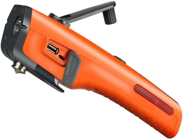 LUXON 7-in-1 Emergency Tool Car функционален, компактен и эргономичен. /Фото: images-na.ssl-images-amazon.com