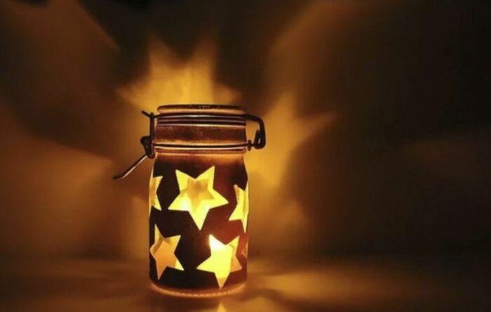 Светильник может быть простым, но все равно красивым. /Фото: ya-superpuper.com