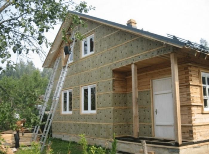Нужно учесть все нюансы покупки, перед ремонтными работами. /Фото: fasad.lviv.ua