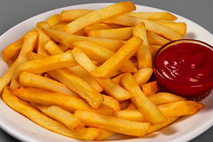 Картошка фри — любимое лакомство многих взрослых и детей. /Фото: rusunion.com