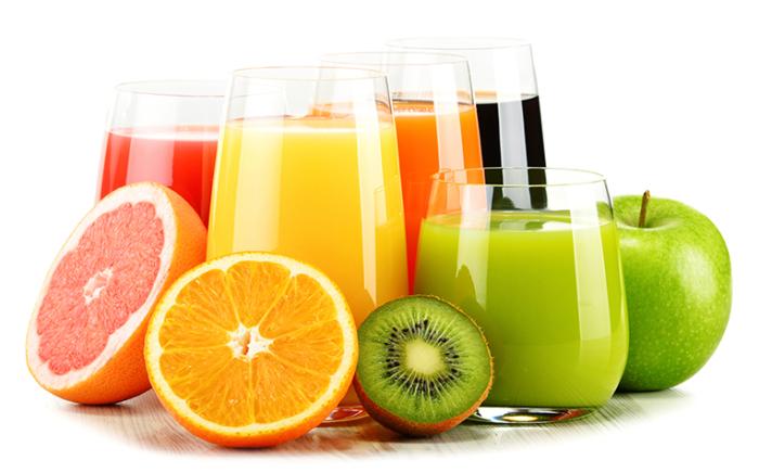 Свежевыжатые соки натощак – «залп» по здоровью. /Фото: healthxchange.sg