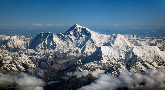Через Гималаи проходит 6 часовых поясов. /Фото: upload.wikimedia.org