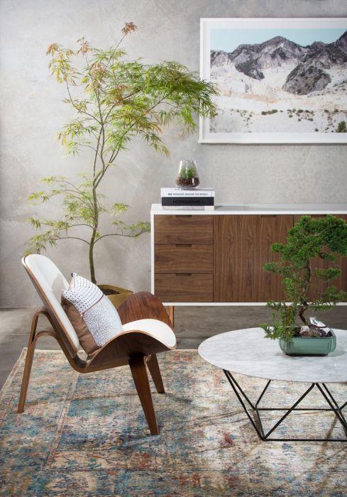 Низкая мебель, природные материалы и фактуры, лаконичность во всем – типичны для Japandi. /Фото: i.pinimg.com