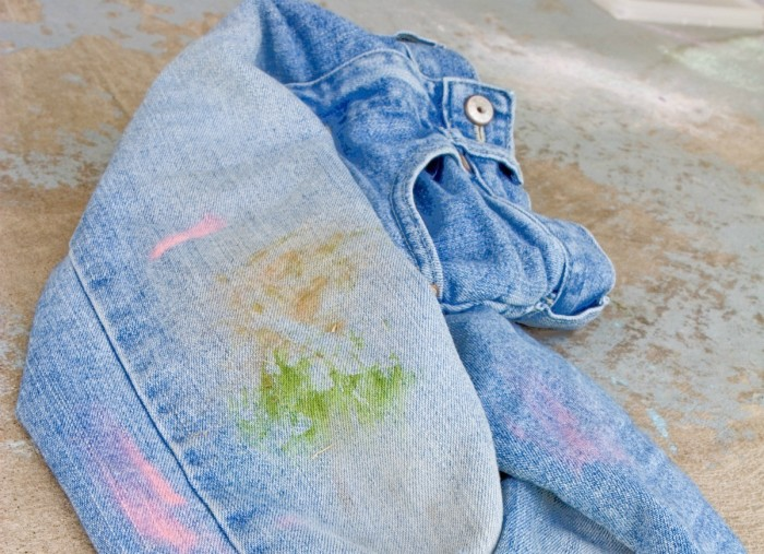 Травяные пятна – не беда. /Фото: imgz.star.com.tr