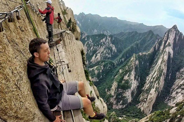 С боязнью высоты на «Тропе смерти» делать нечего. /Фото: s24841.pcdn.co