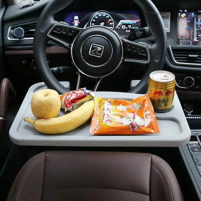 Съемный столик позволит с комфортом перекусить в пути. /Фото: images-na.ssl-images-amazon.com