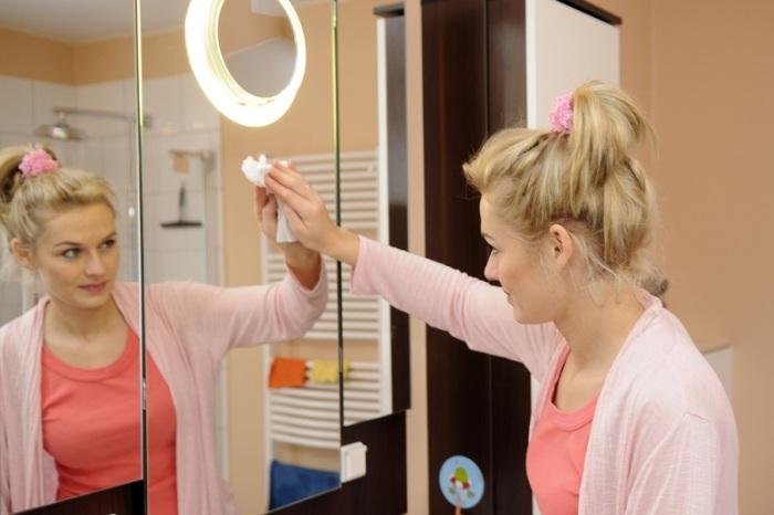 Кристальная чистота благодаря средству из холодильника. /Фото: homester.com.ua