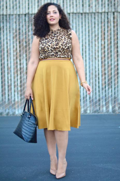 Туфли-лодочки в тон кожи визуально делают ноги стройнее и выше. /Фото: girlwithcurves.com
