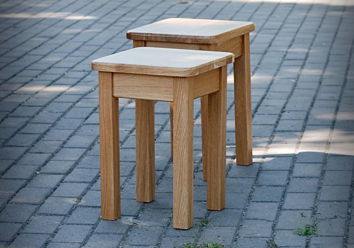 Классическое мебельное решение, которое может дополнить любую комнату. /Фото: akaksdelat.com