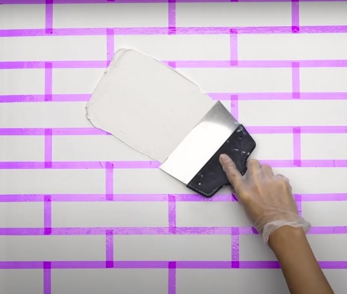 8 нестандартных идей декорирования дома краской своими руками