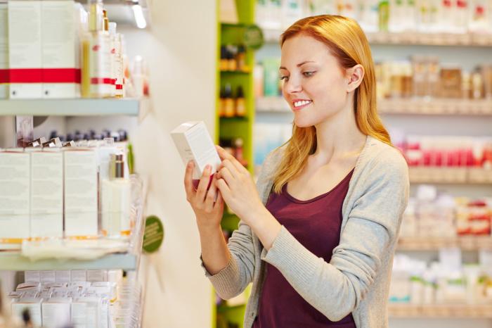 При покупке косметических средств  внимательно проверяйте период годности. /Фото: nainen.com