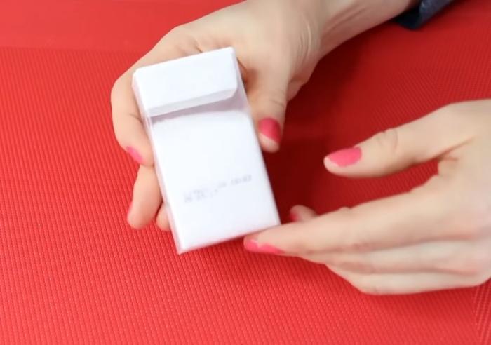 Коробочки из-под Тик-Така удобны для хранения специй и мелких предметов.